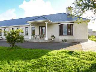 Belladrihid Cottage photo 1